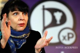 Partidul Piratilor, creat de hackeri, va forma noul guvern al Islandei.