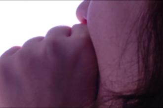 Adolescenta din Brasov, violata de iubitul mamei. Ce a facut femeia, martora la agresiune, in loc sa sune la politie