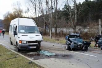 Cod rosu de interventie dupa un accident in Piatra Neamt. O persoana a murit, iar cinci au ajuns la spital