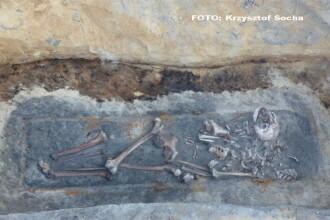 Arheologii polonezi au descoperit ramasitele medievale a 3 persoane considerate vampiri. Ce semne au gasit pe spatele lor
