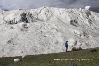 Primele semne distructive ale incalzirii globale. Avalansa din Tibet, care a ucis 9 oameni, provocata de schimbarile de clima