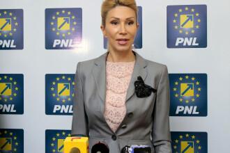 Raluca Turcan, desemnata presedintele interimar al PNL. Cine ar putea prelua conducerea partidului in 2017