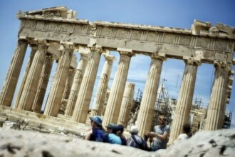 Grecia socheaza Europa. Tsipras ia o decizie care infurie liderii UE si ar putea duce Atena din nou pe marginea prapastiei
