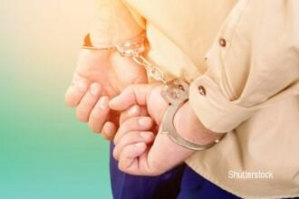 Un funcționar ANAF a fost prins când lua mită 1000 de euro de la un om de afaceri