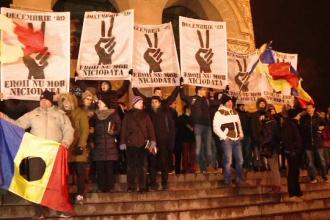 Sambata a fost zi de doliu la Timisoara. Procesiunea de comemorare a victimelor care au pierit la revolutie