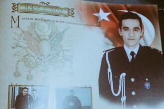 Portretul tanarului care l-a ucis pe ambasadorul rus. Avea 22 ani si era politist.