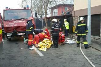 Incendiu puternic la o vila din Voluntari. O femeie a murit dupa ce a suferit arsuri puternice, un barbat a fost ranit