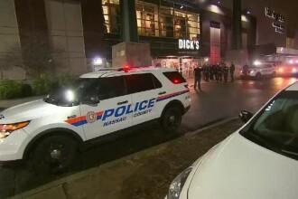 Centre comerciale inchise, panica si arestari. Violente in mall-urile din SUA, la cumparaturile de dupa Craciun