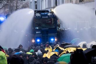 Proteste în Germania, în timpul Congresului AfD pentru alegerea noii conduceri