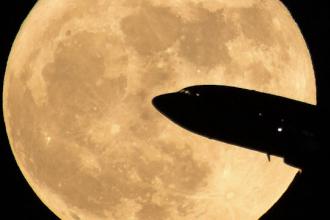 Luna a fost cu 16% mai luminoasă, duminică noaptea