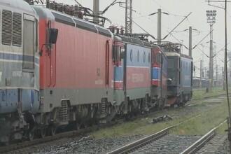 Circulaţia feroviară oprită complet între staţiile Rupea şi Caţa. O locomotivă a luat foc