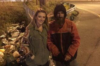 Omul străzii care a ajutat o femeie cu ultimii săi bani şi-a cumpărat casă cu donaţiile primite