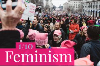 """""""Feminism"""", declarat cuvântul anului 2017. Ce a contribuit la decizia Dicționarului Merriam-Webster"""