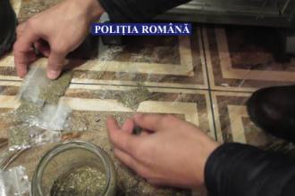 Traficant de droguri din Călăraşi, prins în flagrant cu 1.000 de pliculeţe. Ce avea acasă