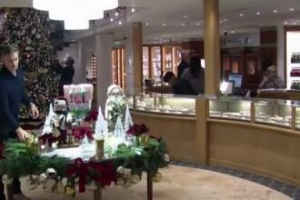 Magazinele de unde îşi iau miliardarii cadourile de Crăciun. Ochelari de soare de 5.000 $