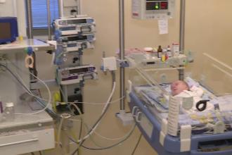 Ambasada Turciei a donat un incubator pentru copiii născuți prematur