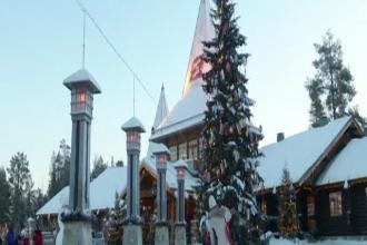 Zeci de români călătoresc în Laponia pentru a-l vizita pe Moș Crăciun