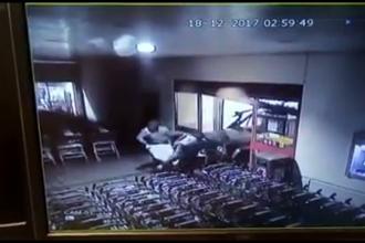 Noi imagini de la furtul celor două bancomate din județul Constanța