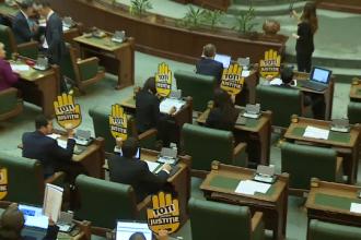Vot final. Statutul magistraților a fost modificat de senatorii PSD-ALDE-UDMR, în lipsa opoziției