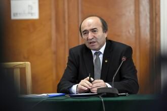 Tudorel Toader a cerut preşedintelui revocarea procurorului general Augustin Lazăr