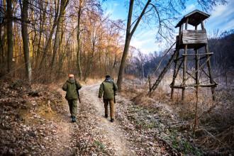 Bărbat împușcat mortal la vânătoare, în Caraș-Severin