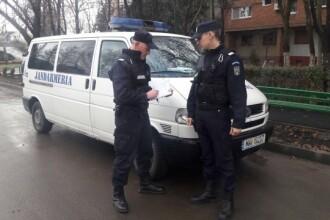 Jandarmi bătuți cu bâtele de bărbați care furau motorină dintr-o cisternă