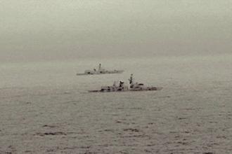 Activitatea navală rusă s-a intensificat. O navă britanică a escortat un vas de război rusesc