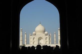 India reduce numărul turiștilor care vizitează monumentul Taj Mahal