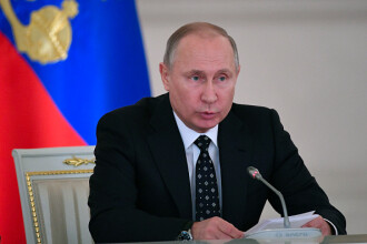 Într-o felicitare de Anul Nou pentru Trump, Putin face apel la