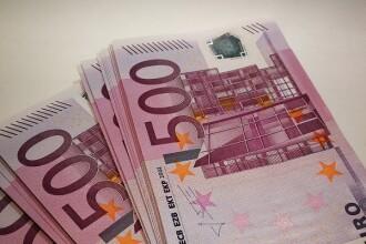 Leul se apreciază ușor, dar rămâne la una dintre cele mai scăzute valori din istorie în raport cu euro