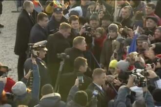 Klaus Iohannis, a doua baie de mulțime de 1 decembrie. Reacția publicului. VIDEO