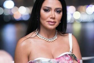 O actriță riscă 5 ani de închisoare din cauza unei rochii. A fost considerată indecentă. FOTO