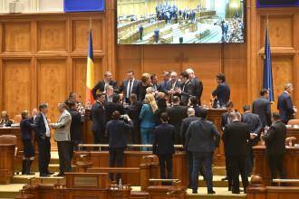 Circ de zile mari în Parlament. Opoziția a forțat revocarea lui Dragnea de la șefia Camerei Deputaților