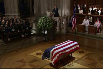 George Bush Sr., înhumat în Texas, lângă soția sa. Ultim omagiu emoționant adus de fiul său