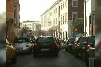 Codul rutier italian s-a schimbat. Cum vor fi afectați românii care au mașinile înmatriculate acasă