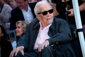 Interviu cu Kirk Douglas la 102 ani: ''Sunt recunoscător pentru tot ce mi s-a dat''