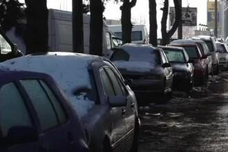 Ucrainenii îşi abandonează rablele în România. Cum câştigă mii de euro din această afacere