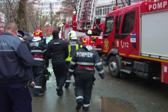 Incendii aproape identice în București și Botoșani. Zeci de copii, intoxicaţi