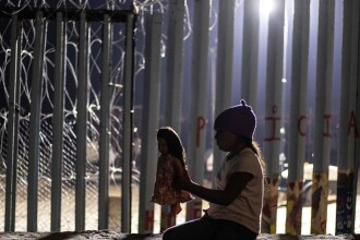 """O fetiță de 7 ani, imigrantă, a murit în detenție în SUA: """"Nu mâncase de mai multe zile"""