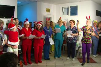 Spectacol pentru copiii grav bolnavi de la Fundeni oferit de medici și asistente