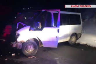 O greșeală făcută de un șofer de microbuz a trimis 3 oameni în spital, în Brașov