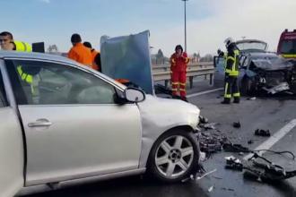 Șase răniți după manevra unui șofer neatent, pe Autostrada București - Pitești
