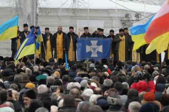 Mii de persoane adunate la Kiev, ca să susțină înfiinţarea unei biserici independente de Rusia