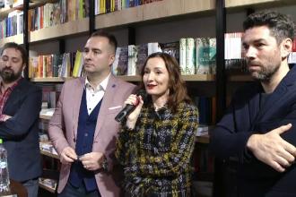 """Cartea """"România, te iubesc"""", lansată la Timișoara, în prezența a peste 100 de cititori"""