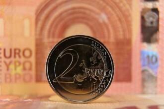 Cel mai slab leu din istorie. Euro a depăşit pragul de 4,67 lei, un nou nivel record