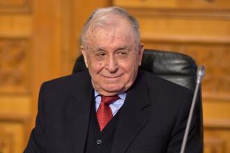 Fostul președinte Ion Iliescu a fost internat la un spital pentru boli de inimă