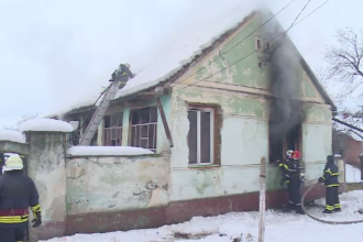 Cum a scăpat o fetiță de 10 ani dintr-un incendiu de proporții. Mama are arsuri grave