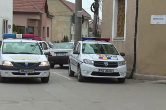 Peste 10.000 de petarde, artificii şi pocnitori au fost confiscate de poliţişti în Alba Iulia