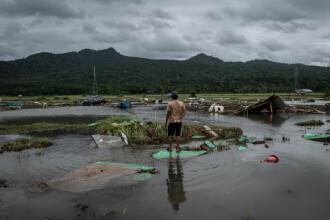 Noul bilanț al tsunamiului care a lovit Indonezia: 373 de morți și 1.400 de răniți
