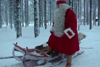 Moș Crăciun și-a început călătoria. Copiii din toată țara, nerăbdători să-l primească
